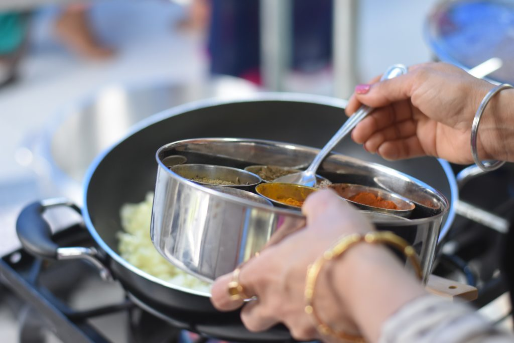 Made In Carbon Steel Cookware Reviews – Is This Brand the Best Cookware for Your Kitchen?